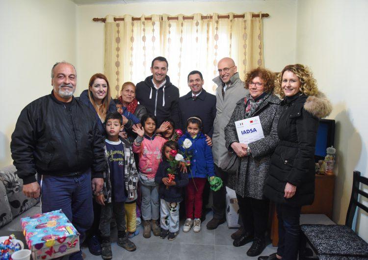 Veliaj: Tirana i jep zgjidhje përfundimtare strehimit të komunitetit rom