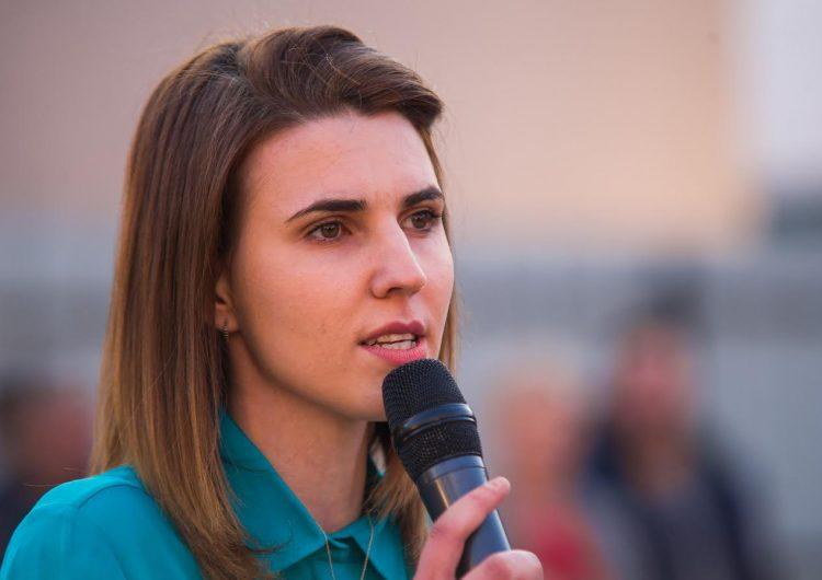 Floida Kërpaçi: Kryeministri po grabit të rinjtë me talasemi