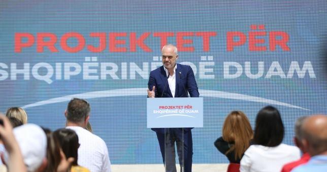 Edi Rama: 17 shkolla të reja po ndërtohen në Tiranë
