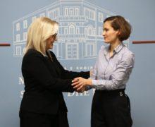 Sa kanë shpenzuar ministret Nikolla e Shahini në udhëtimet jashtë vendit