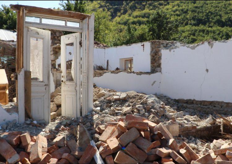 Tërmeti rrënoi Floqin, Rama shkel premtimin