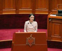 Rudina Hajdari: Vetëm 50% e fëmijëve me aftësi të kufizuara ndjekin arsimin