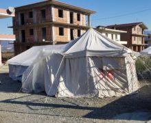 Thumanë e Bubq, 'shpresa' e të pastrehëve një çadër dimërore