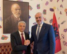 Kanabis nga Shqipëria? Rama e Lleshaj kritikuan RAI 3 por raporti italian konfirmon fenomenin