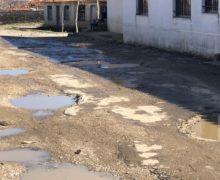 Fshati që vuan për 3 km rrugë të premtuar nga kryebashkiaku Veliaj që në 2015